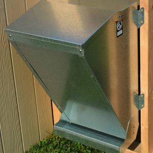 Displays the outdoor configuration of the Free Range Feeder